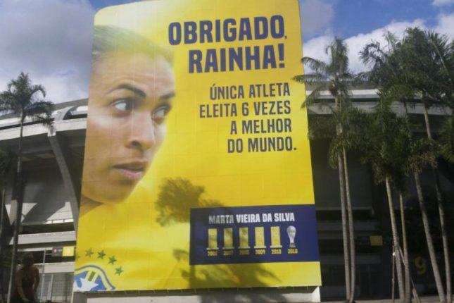 Banner Marta no Maracanã
