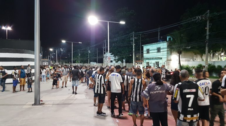 Botafogo x Grêmio - Torcida do Botafogo