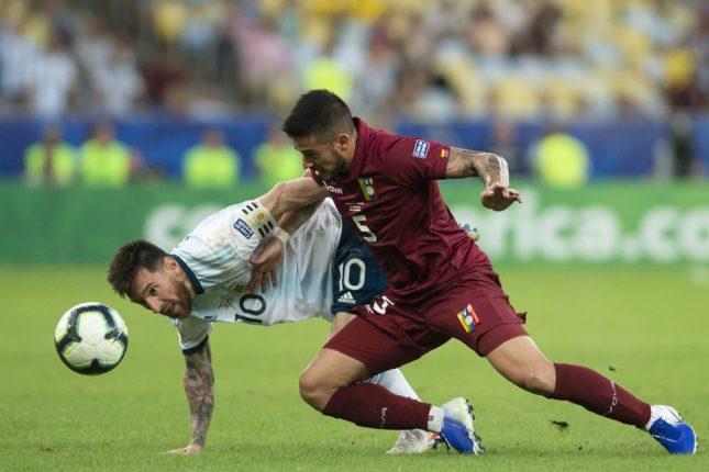 Lionel Messi e Moreno Borrero